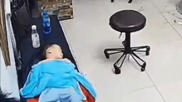 اقدام لحظهآخری مادر برای جلوگیری از آسیب فرزندش / فیلم