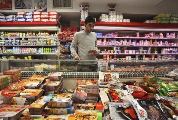 میزان مصرف ماهانه ۴ کالای اساسی در خانوارهای دهک اول؛ مصرف ۳۰۰ گرم گوشت در ماه!