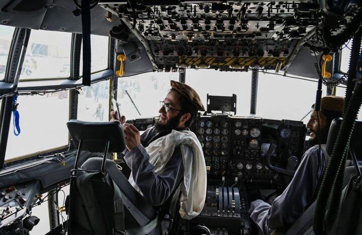 حرکات عجیب نیروهای طالبان با یک بالگرد / فیلم