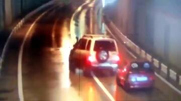 ویدیو هولناک از برخورد وحشتناک ۵ خودرو در تونل!