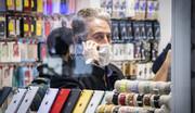 کاهش تولید موبایل ایرانی / اختلاف قیمت موبایل ایرانی با خارجی چقدر است؟