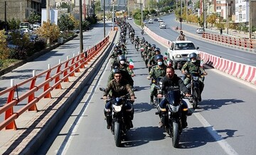 مراسم رژه موتورسواران نیروهای مسلح همدان / تصاویر