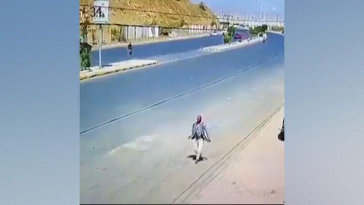 فرار عجیب افراد از مرگ در حوادث رانندگی / فیلم