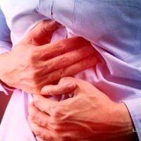 رایجترین علائم زخم معده + نحوه درمان
