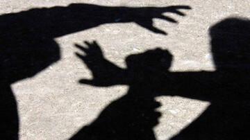 آزار شیطانی ۵ دانش آموز توسط معلم در اولین روز مدرسه!