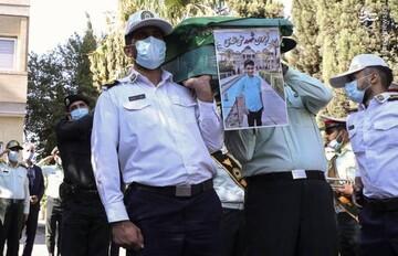"""تصاویری از مراسم خاکسپاری پیکر """"علی لندی"""" / فیلم"""