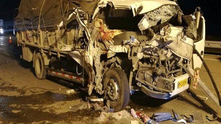 حادثه هولناک بامدادی در نورآباد / ۵ نفر جان باختند