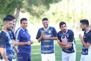 استقبال عجیب بازیکنان گلگهر از شایان مصلح / عکس