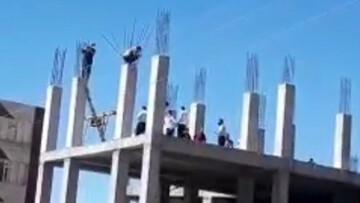 فیلمی از اقدام به خودکشی ۲ کارگر ایلامی
