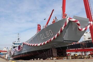 قطر یک کشتی جنگی رونمایی کرد