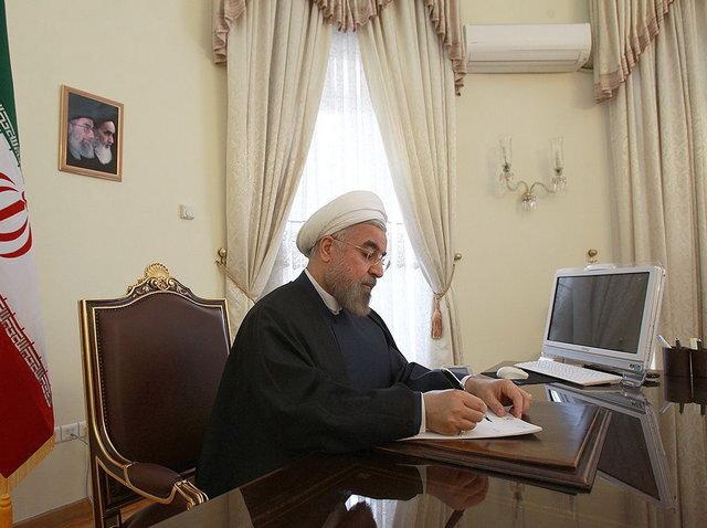 حسن روحانی، درگذشت علامه حسنزاده آملی را تسلیت گفت