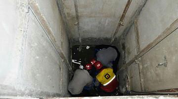مرگ هولناک تعمیرکار ۲۷ساله آسانسور زیر کابین در خرم آباد / عکس