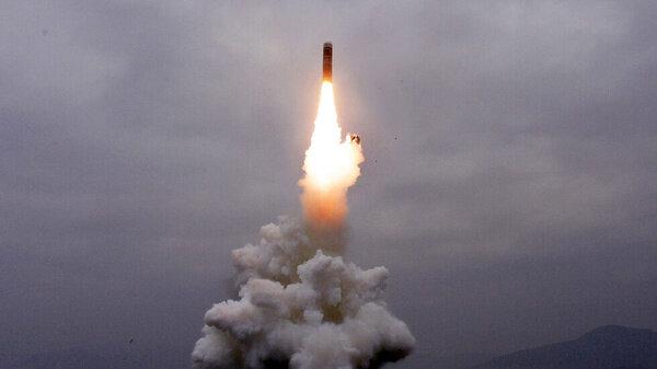 کره جنوبی زیردریایی جدید پرتاب کرد