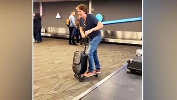 استفاده عجیب مسافر از چمدانش در فرودگاه سوژه شد! / فیلم