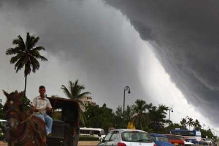 توفان حارهای امروز به چابهار میرسد! / فیلم