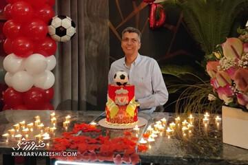 عادل در جشن تولدش شمع ۹۰ را فوت کرد / عکس