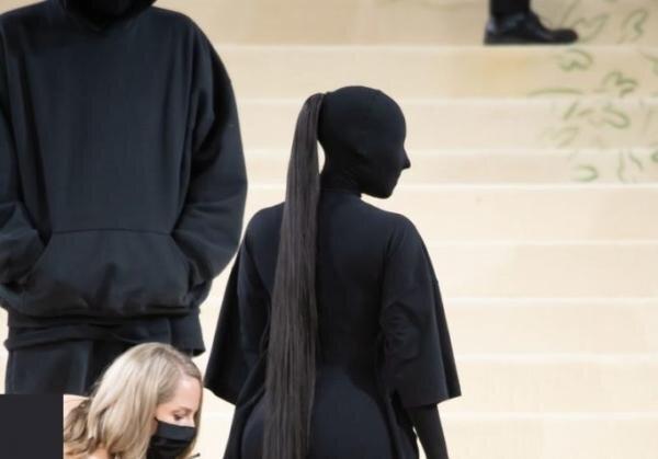 کیم کارداشیان,مدل موی ۱۰ هزار دلاری کیم کارداشیان در مت گالا
