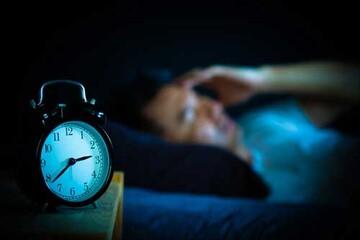 چند راهحل ساده برای بیخوابی نیمه شب
