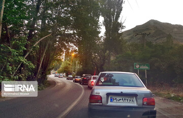 تردد وسایل نقلیه در محور چالوس ممنوع شد