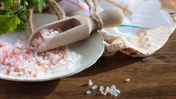 فواید و مضرات مصرف نمک دریایی