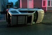 پرواز عجیب و مرگبار خودرو در پمپ بنزین / فیلم