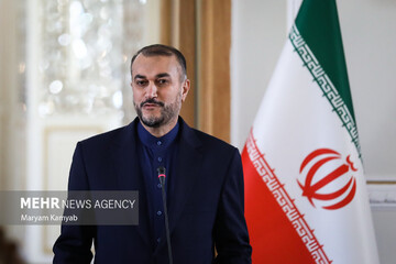 وزیر امور خارجه راهی سوریه شد