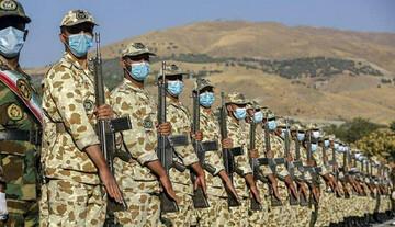 اقدام جالب سرباز راهور در تهران هنگام بازگشت از کارش / عکس
