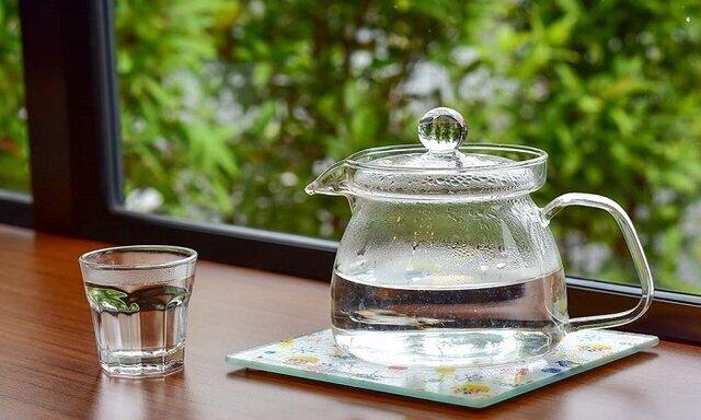 معجزه نوشیدن آب گرم به صورت ناشتا
