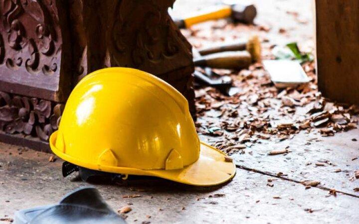 کارگران جان میدهند، کارفرما میگوید «دیهاش را میپردازم»! / روزی ۲۷ کارگر دچار آسیب میشوند، ۲ نفر میمیرند!