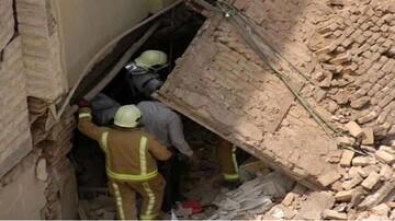 ریزش آوار در ساری / ۲ کارگر جوان زنده زنده دفن شدند