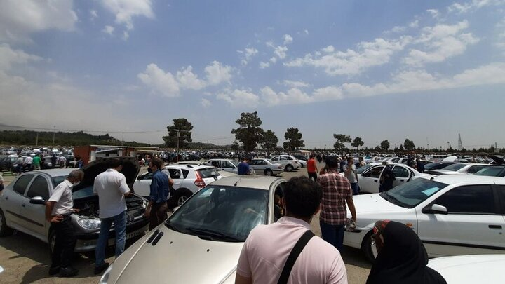 قیمت روز خودروهای داخلی و خارجی ۲۰ مهر ۱۴۰۰ / جدول