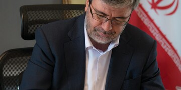 مدیرعامل بیمه رازی هفته نیروی انتظامی را تبریک گفت