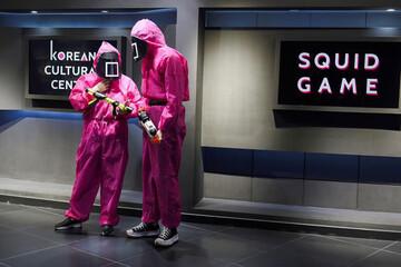 تصاویری از انجام بازیهای سریال بازی مرکب به صورت واقعی / فیلم