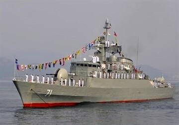پهلوگیری ناوگروه هفتاد و هفتم نیروی دریایی ارتش در «بندر سلاله»