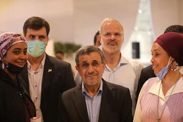 ادامه حواشی سفر جنجالی احمدینژاد به دوبی / داوری: احمدینژاد فایزر زده است!