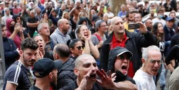 اعتراضات علیه سیاستهای کرونایی دولت در ایتالیا / تصاویر