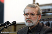 واکنش کنایهآمیز علی لاریجانی به اظهارات اخیر سخنگوی شورای نگهبان / مراقب باشید در بیان و عمل خود به کسی ظلم نکنید