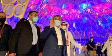 اقدام عجیب محمود احمدینژاد در دبی سوژه شد! / عکس