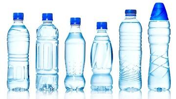 پشت پرده تولید آب معدنیهای به اصطلاح لاکچری که با آب شیر پر میشوند! / فیلم