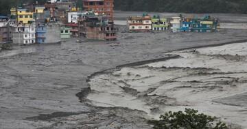 مرگ ۴۳ نفر بر اثر سیل و رانش زمین در نپال