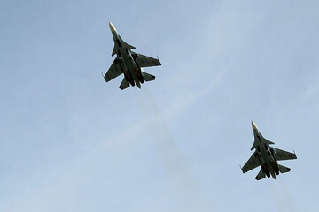 لحظه فرار بمبافکنهای آمریکایی از ترس جنگندههای روس / فیلم