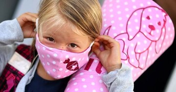 خبری نگران کننده برای کودکان / میزان ابتلا و فوتی کرونا در کودکان در حال افزیش است