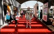 پوشش عجیب این مرد در تهران سوژه شد! / عکس