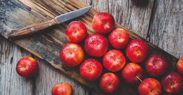 برای دفع چربیهای اضافه بدن سیب را با این روش بخورید
