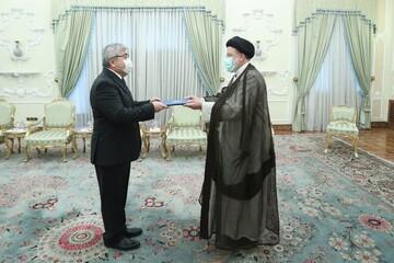 رئیسی استوارنامه سفیر جدید قرقیزستان را دریافت کرد