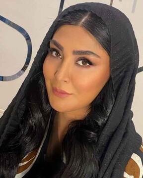 خانم بازیگر کشف حجاب کرد/  تیپ عجیب در هنگام ورزش کردن / فیلم