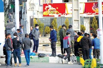 اقتصاد استان تهران از صنعت به خدمات تغییر کرد / تهرانیها مشغول چه کاری هستند؟
