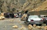سقوط سنگ در محور شاهرود/جاده باز است