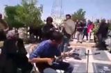 مراسم تدفین مرده با جیغ و دست و هورا! + فیلم
