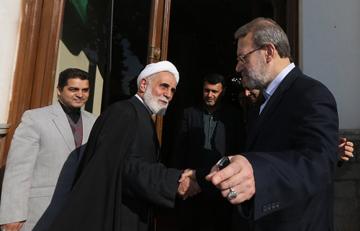 چرا حضور لاریجانی و ناطق در راس اصولگرایان به نفع اصلاحطلبان است؟